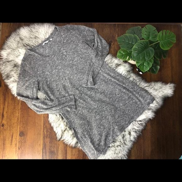 ❄️Reitman's Silver and Grey Tunic Sweater